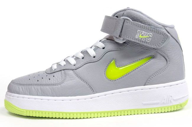 buy online de60a 6053f Nike Air Force 1 Mid   NYC Pack
