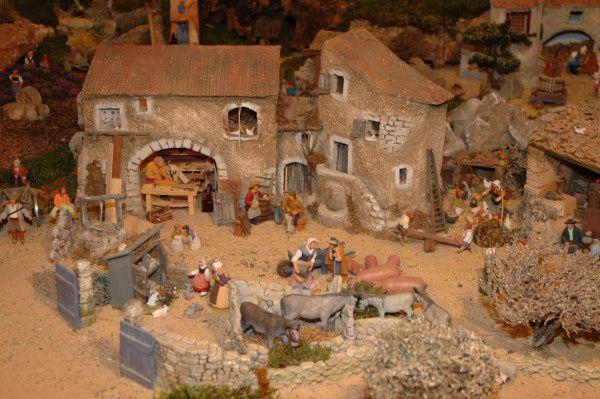 La Crèche d'Arlette. Saintes Marie de la Mer. 13