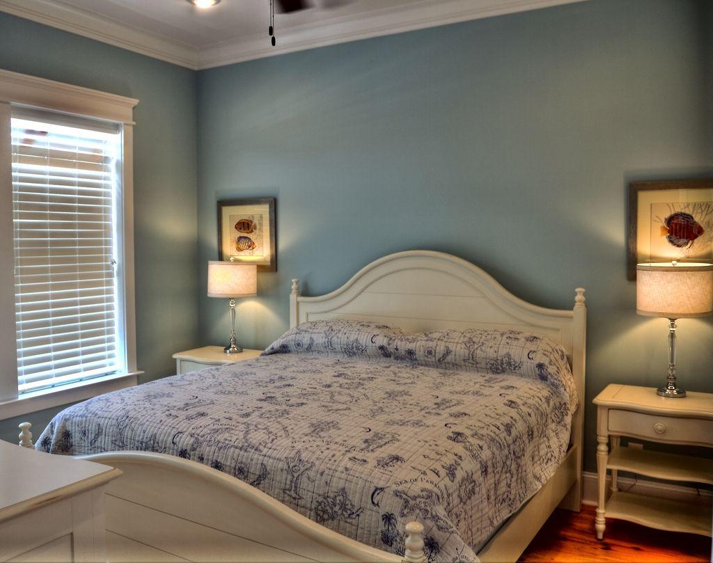 Cherry Grove, SC White bedroom