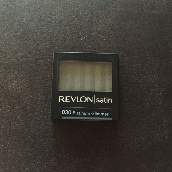 REVLON eyeshadow NWT