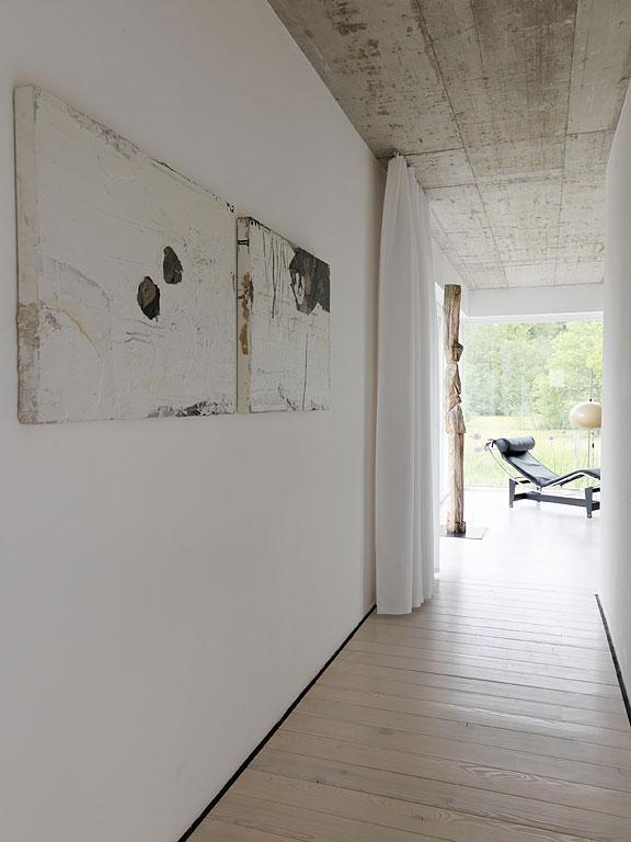 Haus des Jahres 2010 3 Platz Der Stil Beton, Holz und weiße Wände