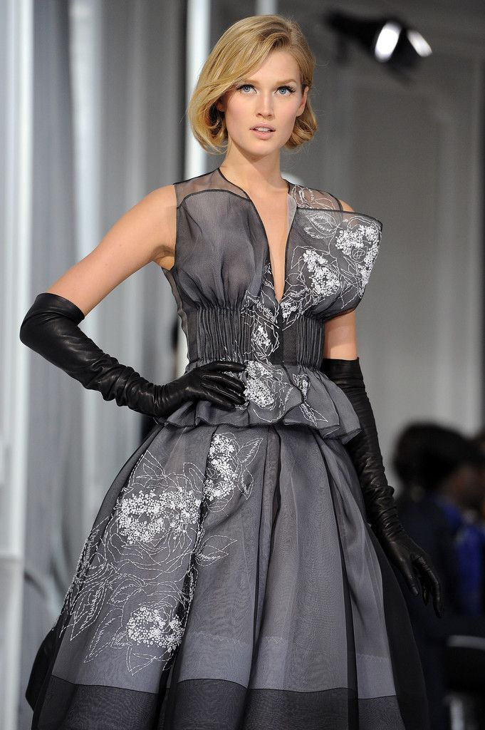 Dior: Runway - Paris Fashion Week Haute Couture S/S 2012