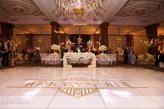 Crystal Tea Room In Philadelphia Never Looked So Romantic For This Great Gadsby Inspired Weddin Philadelphia Wedding Photographer Philadelphia Wedding Tea Room