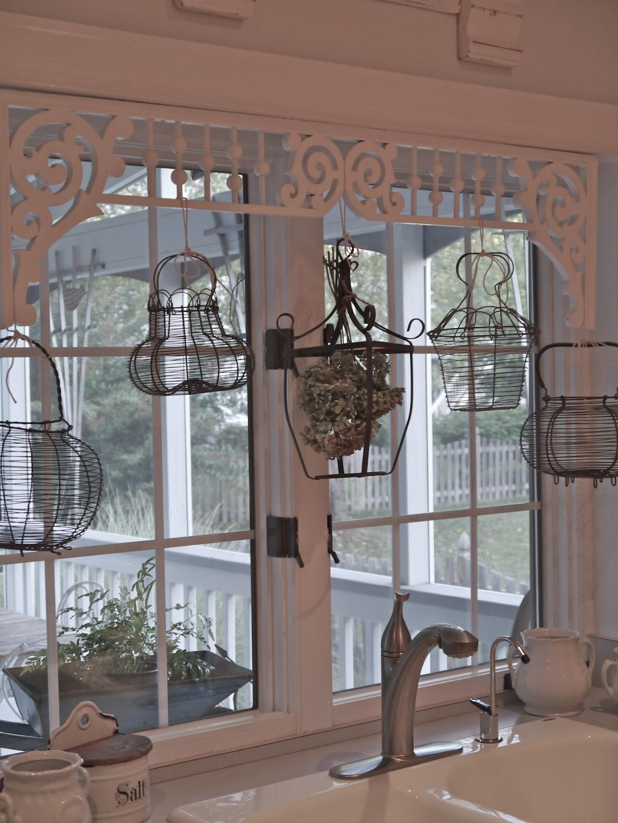 Chateau Chic French Wire Basket Window Treatment