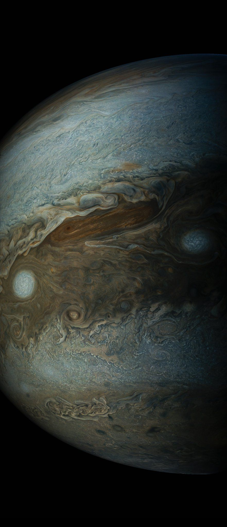 A new picture of Jupiter staring back at you.