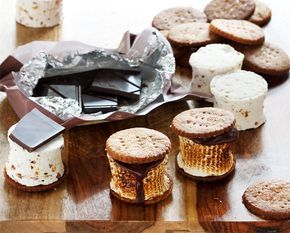 Maple Bacon S'mores #flavoredmarshmallows