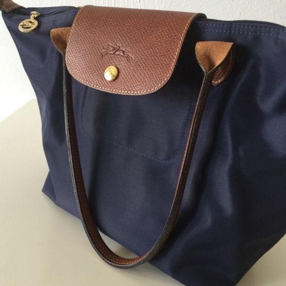 bd670f57cb68 Long champ navy tote Beautiful Longchamp Navy Tote Longchamp Bags Totes