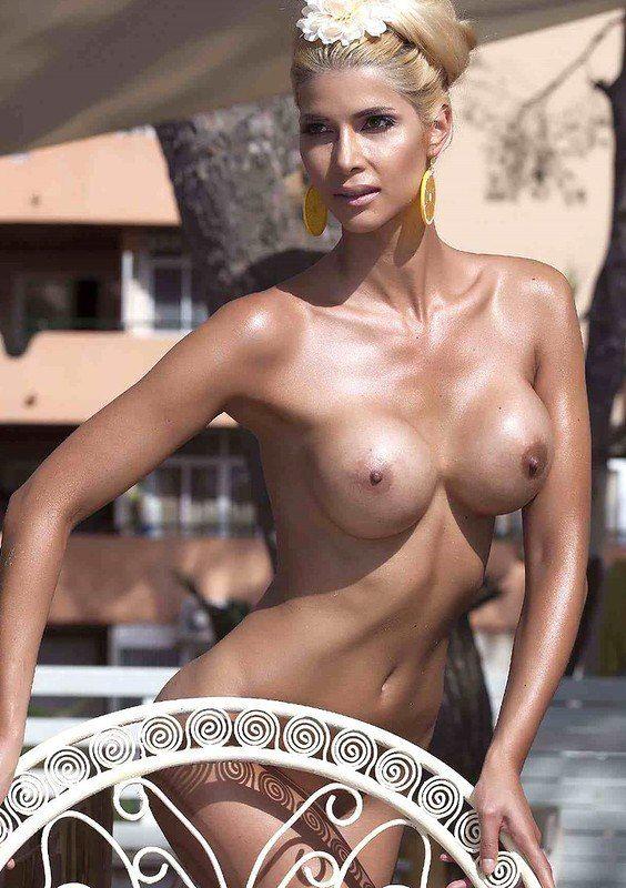 na africa Nude