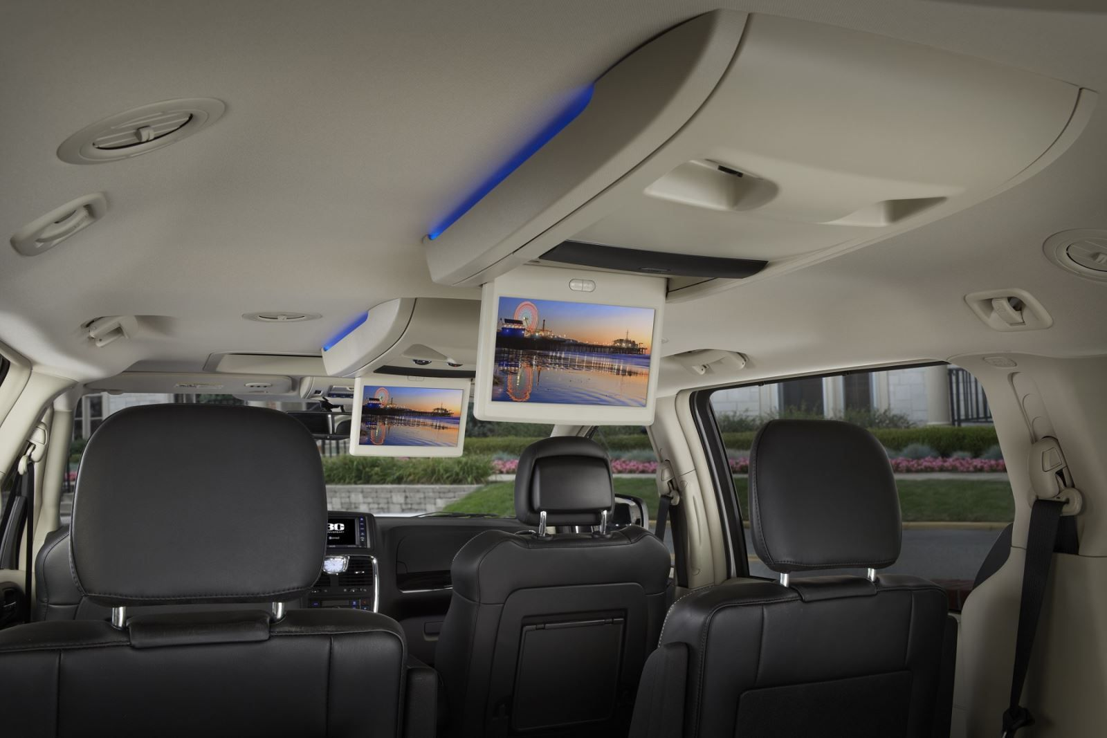 2014 Chrysler Town Country Interior Chrysler Town And Country