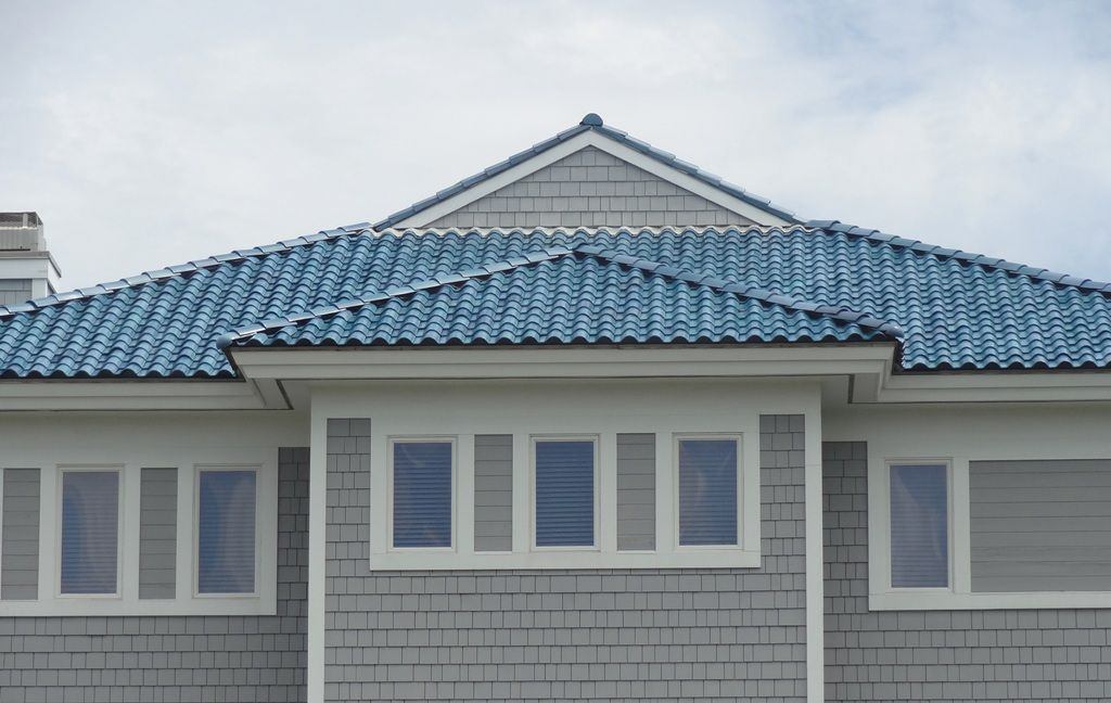 Blue Roof Gray Siding House Paint For Home Pinterest