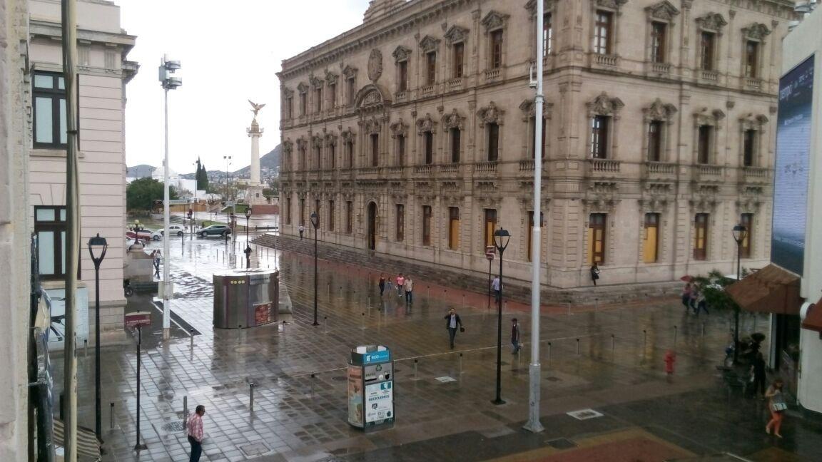 Inician lluvias en el norte de la ciudad; prevé SMN tormentas fuertes | El Puntero