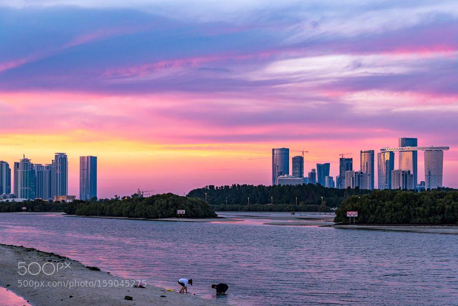 Sunset in UAE Capital by aandre7972