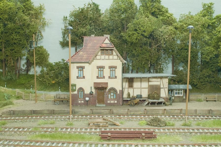 The Gnat Shack - Eisenbahn-Modellbau - DR-Bahnhof Alt Zarnerow #gnats