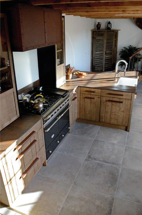 cuisine atelier ch ne clair bardage acier oxyd iron. Black Bedroom Furniture Sets. Home Design Ideas