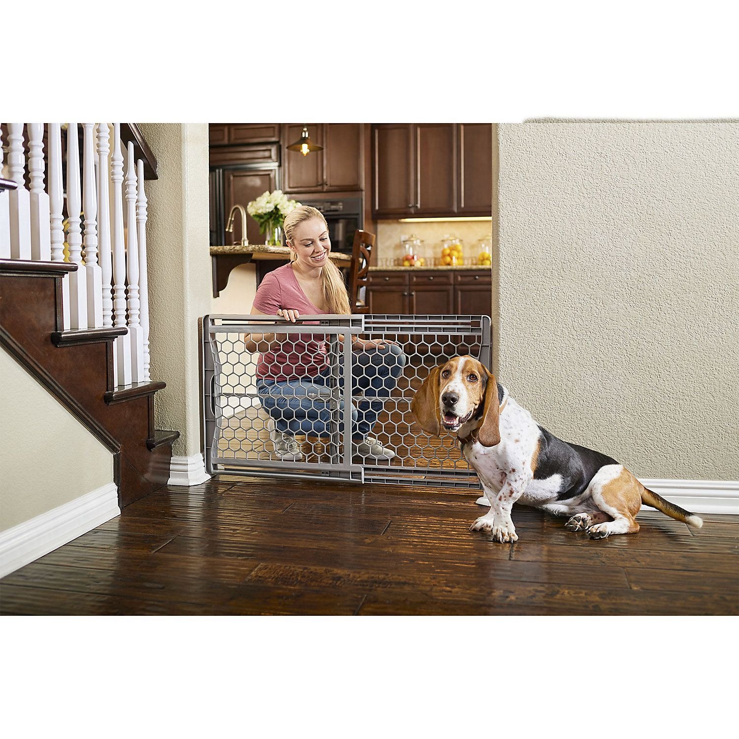 You Me Easy Fit Plastic Pet Gate 28 42 W X 23 H Pet Gate