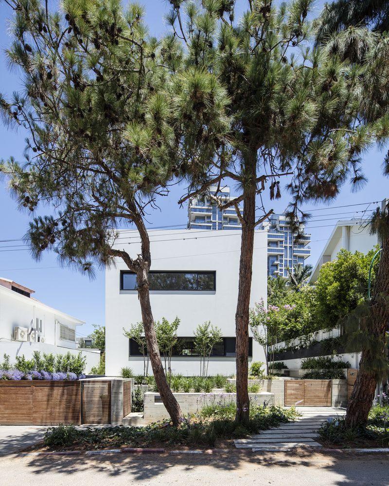 Galería de Casa U / Ronnie Alroy Architects - 8