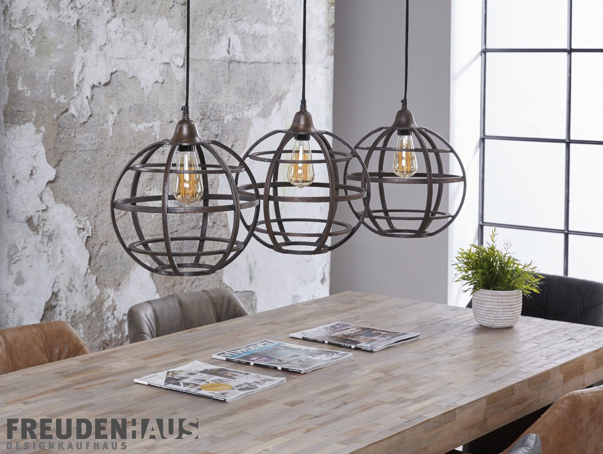 4 lampen hintereinander