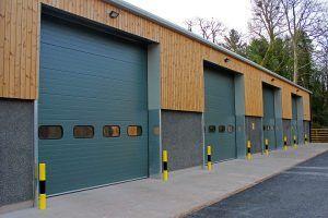 Industrial Overhead Doors In 2020 Overhead Door Sectional Overhead Doors Carriage House Doors
