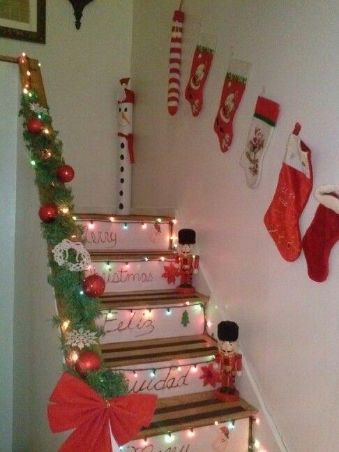 Resultado de imagen para arreglos de navidad para - Decoracion navidena escaleras ...