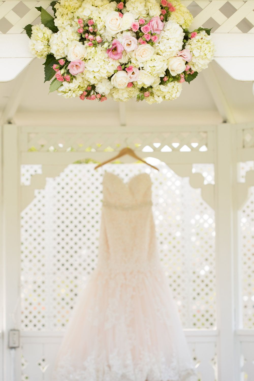 Alta vista country club gazebo wedding pink flowers wedding alta vista country club gazebo wedding pink flowers wedding dress orange county ombrellifo Gallery