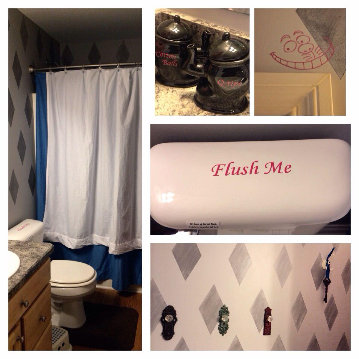 Alice in Wonderland themed bathroom. | Girl's Bathroom | Pinterest ...