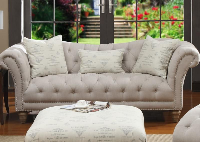Harkness Furniture In Tacoma, Washington   Emerald Home   Sofa Nailhead  With 2 Pillows