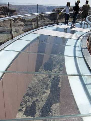 Glass Bridge Highest Bridge Grand Canyon Skywalk A Glass Bottom Walkway Beautiful Places To Visit Grand Canyon West Wonders Of The World