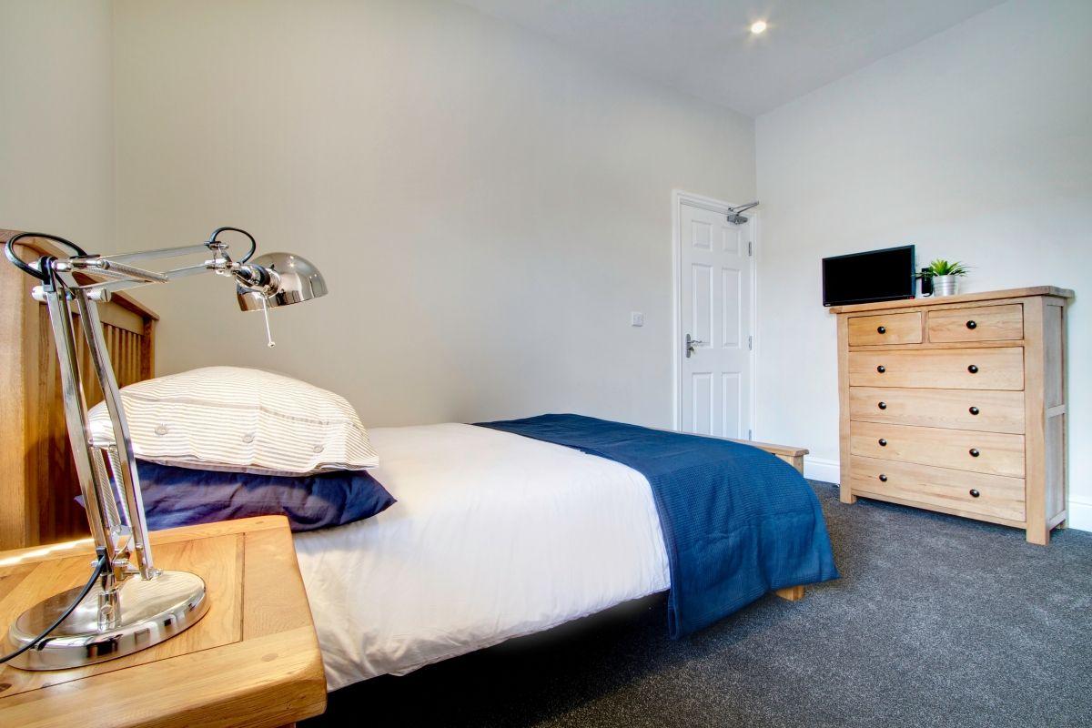 13 Cawdor Road 6 Bedroom Manchester Student House Bedroom 2