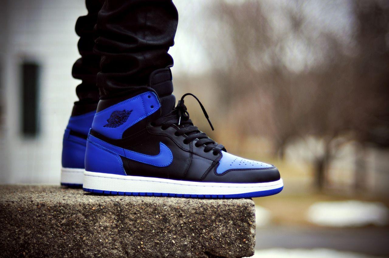 Air Jordan I (Black / Royal Blue)
