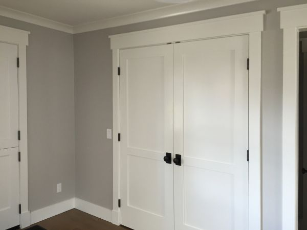 Paint colors - Grey walls, white door frames & baseboards, white ...