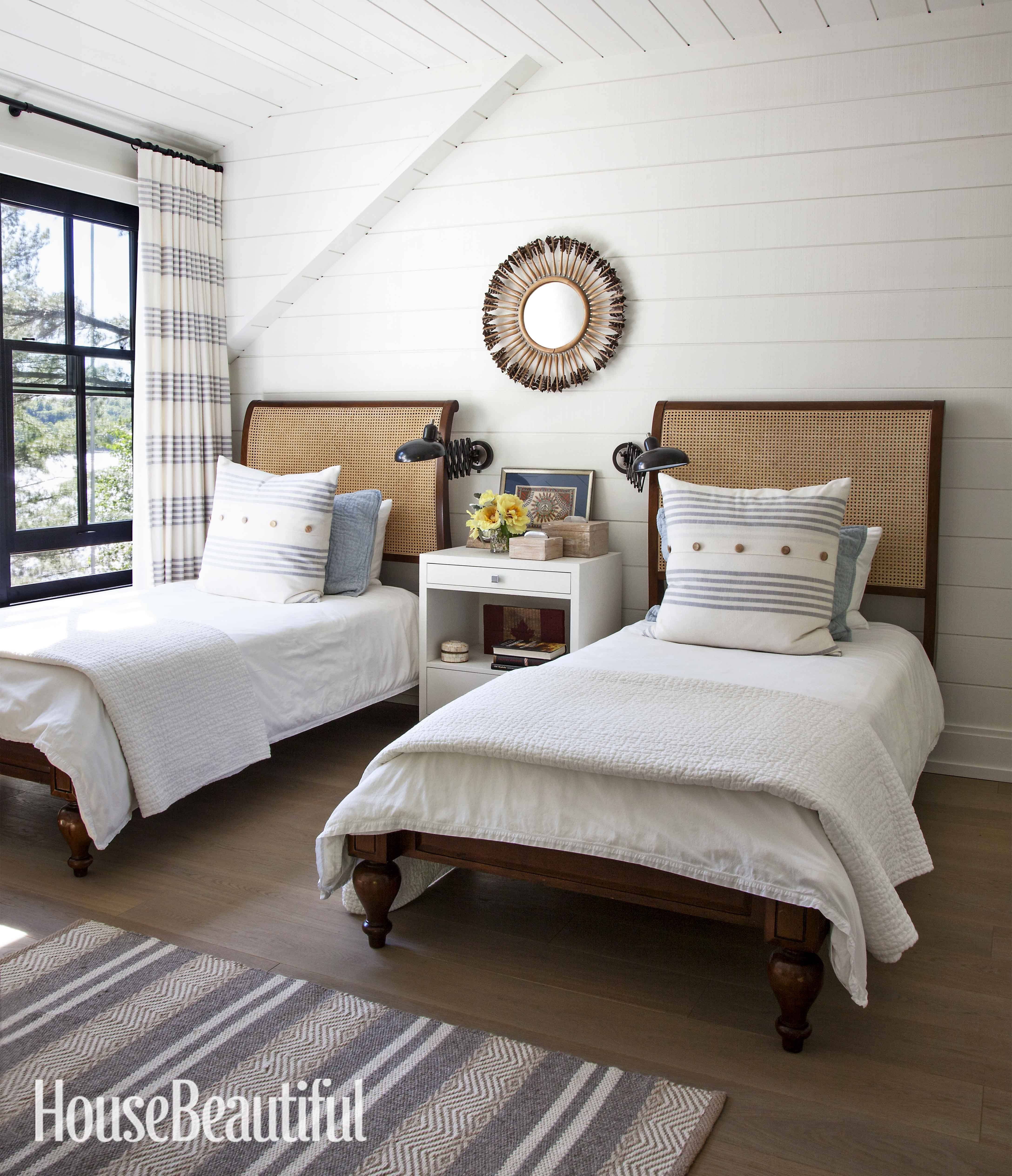 Interior Designer Anne Hepfer S Modern Rustic Summer Lake House In