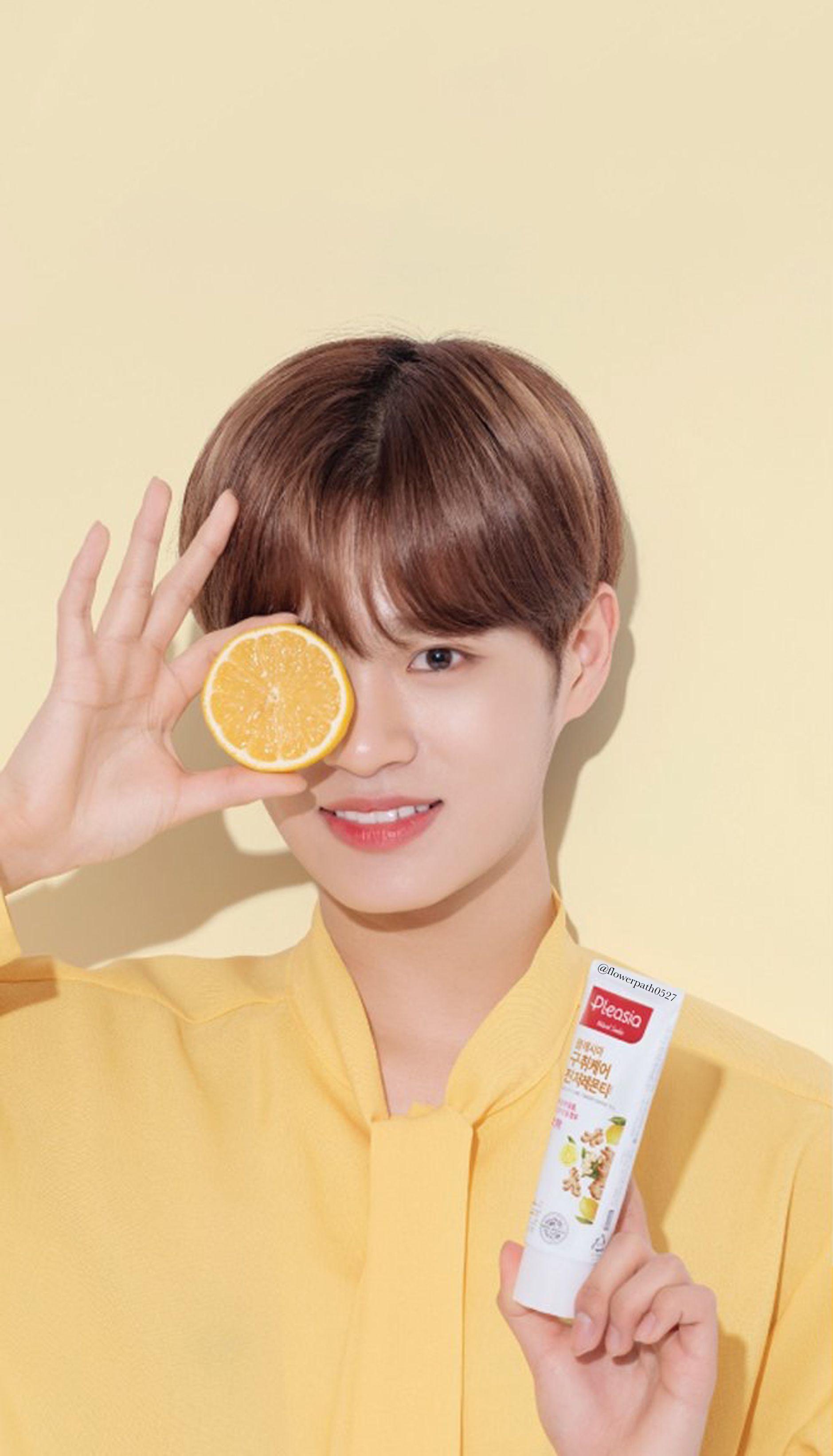 Wanna One X Pleasia Toothpaste Lee Daehwi Wallpaper Lee Daehwi Ong Seung Woo Jinyoung