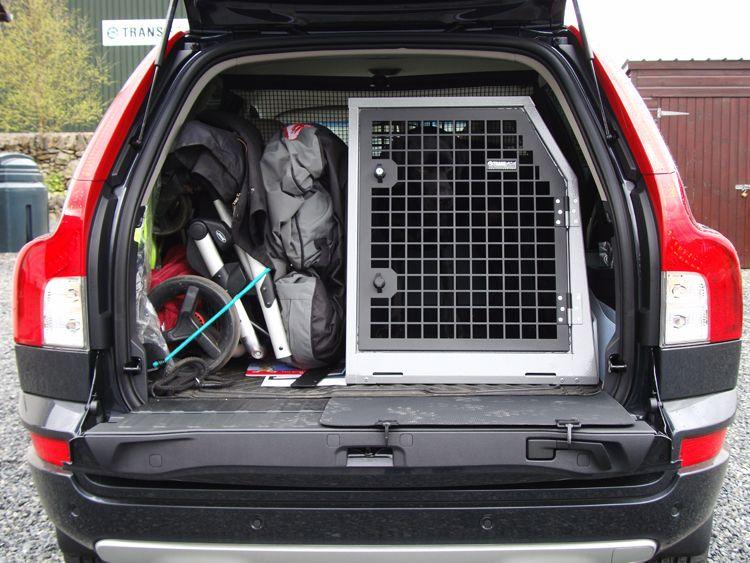 Volvo Xc90 With Labrador In B22 Www Transk9 Com Keep On