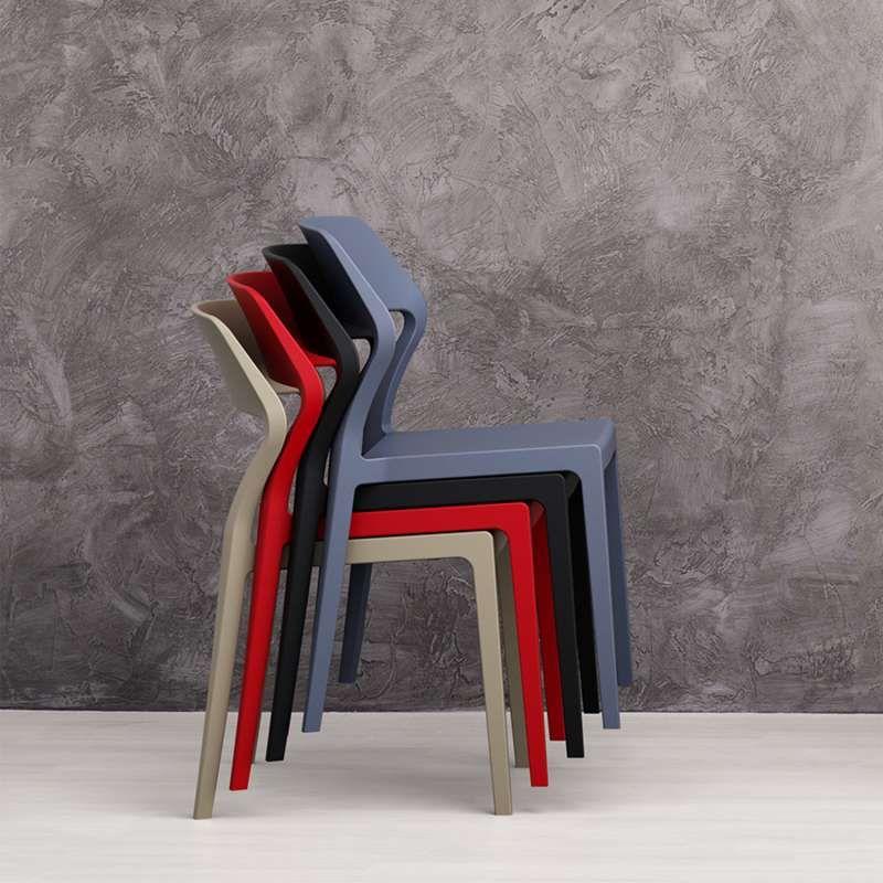 Chaise Empilable Design En Polypropylene