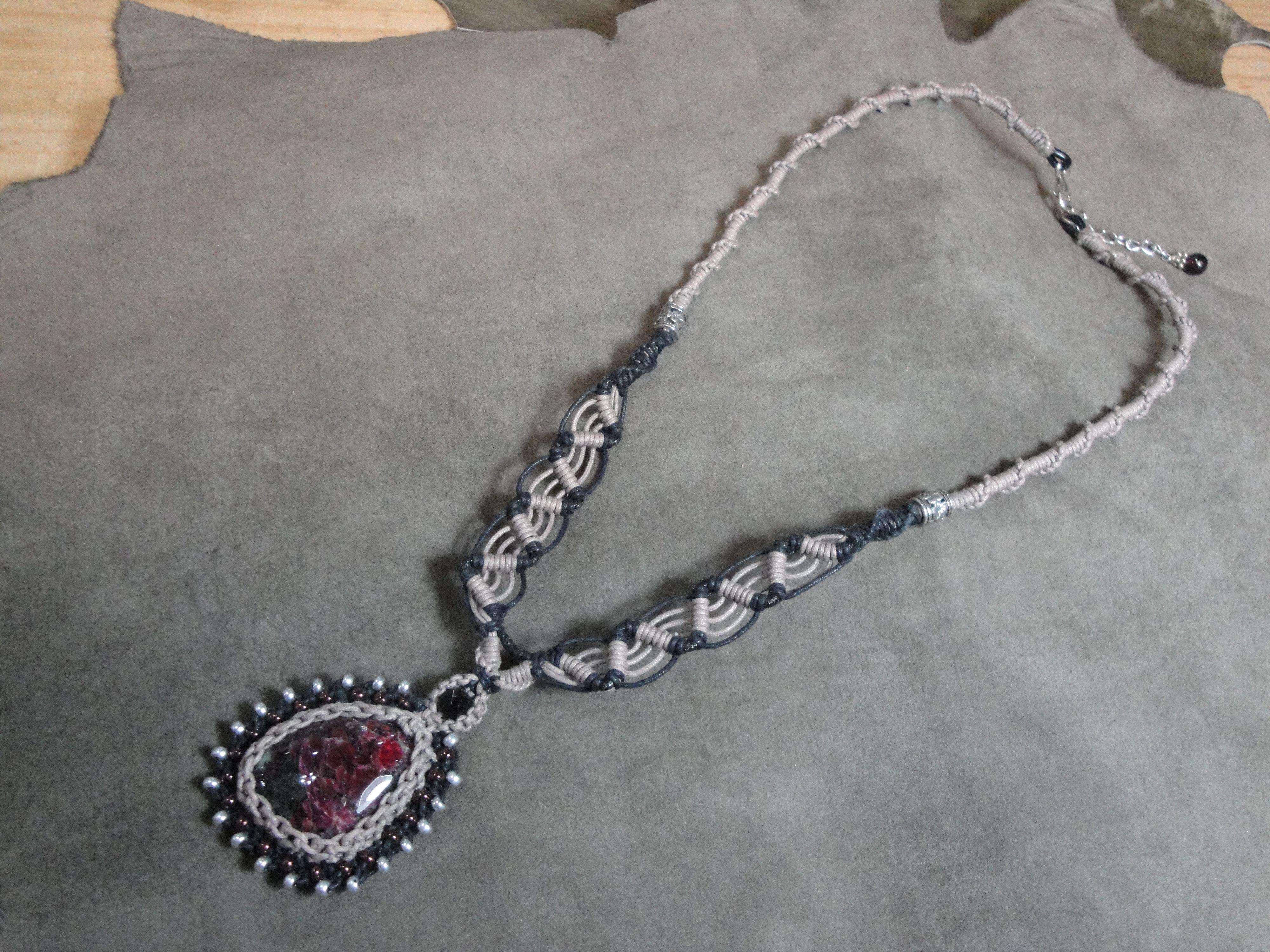 ユーディアライト編みネックレス