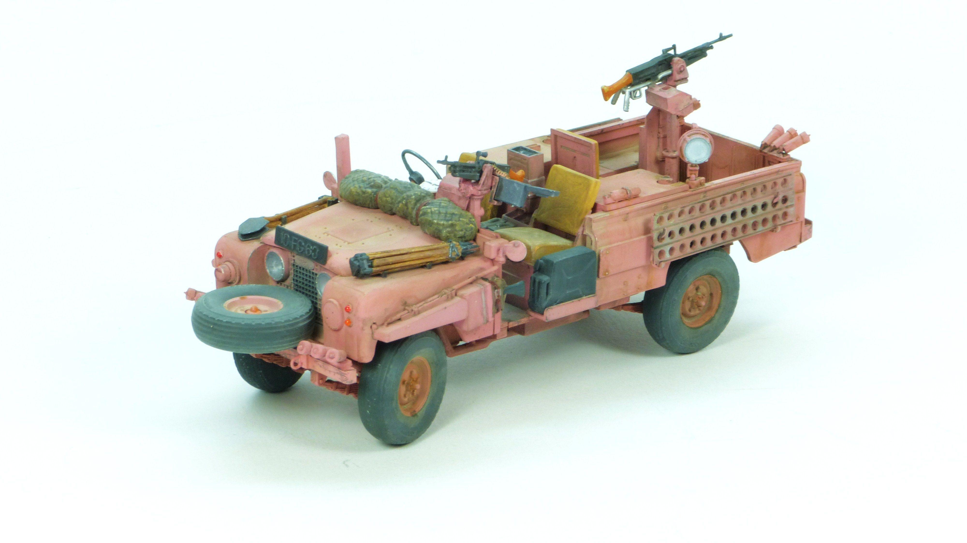 Tamiya 1 35 Sas Pink Panther Land Rover Ww2 Modelling