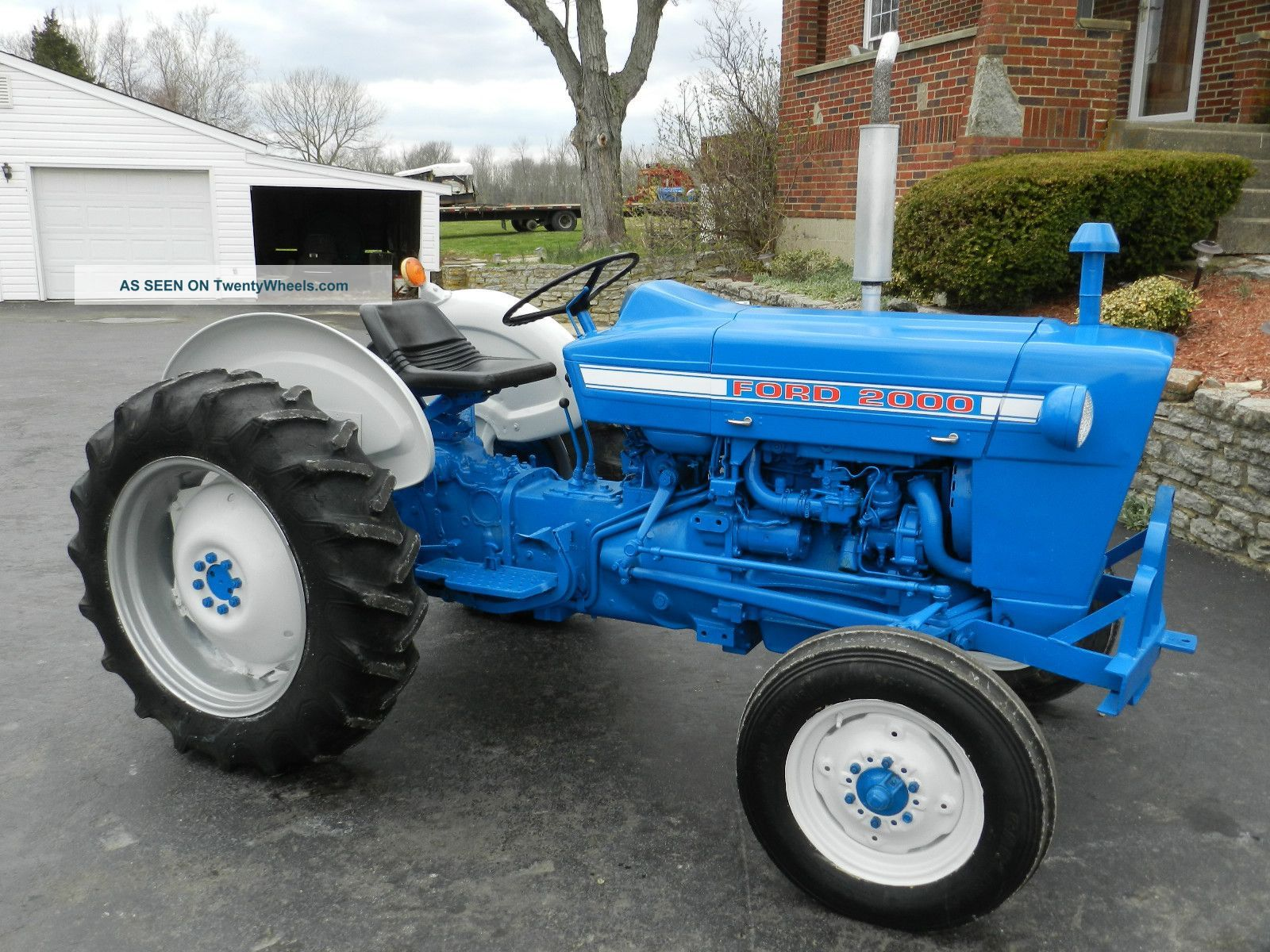 ford tractor ford 2000 tractor gas 1826 hours. Black Bedroom Furniture Sets. Home Design Ideas