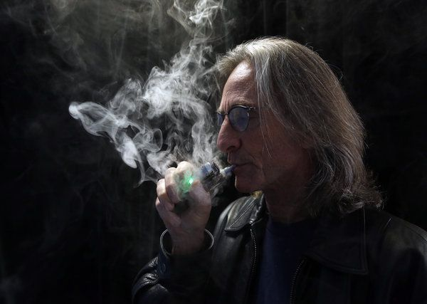 States Move on E-Cigarettes as Washington Delays