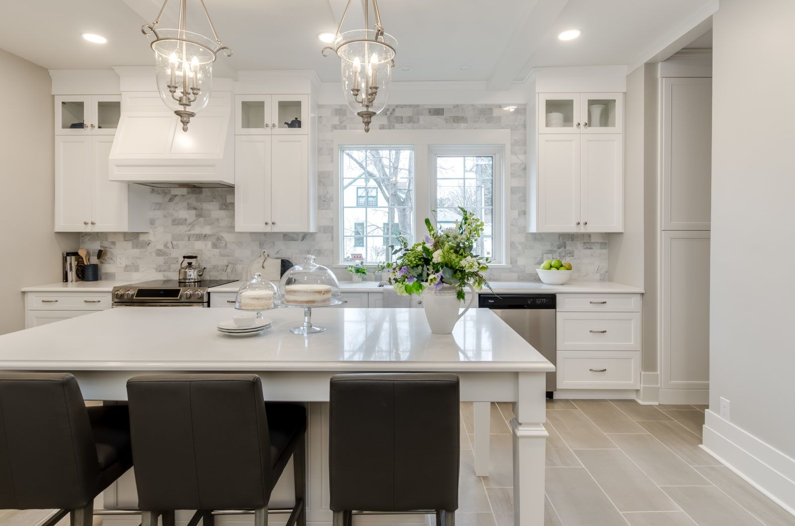 Oxford Interior Design Portfolio Winnipeg White Kitchen With Marble Backsplash Cheap Kitchen Cabinets Kitchen Renovation Trends Kitchen Cabinets For Sale