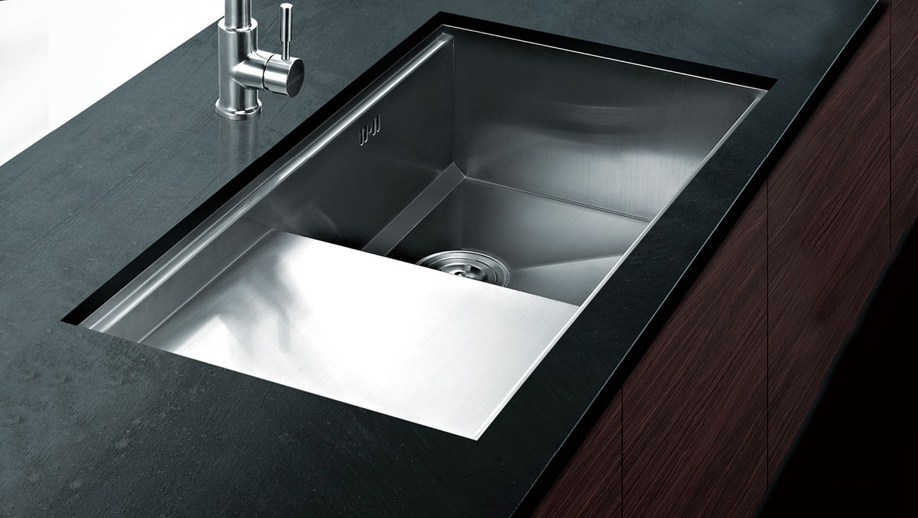 undermount kitchen sinks with drainer ventura single undermount sink amp drainer 840x470x220mm 8731