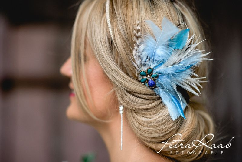 Headpieces & Fascinators P11 Haarblume Federkranz