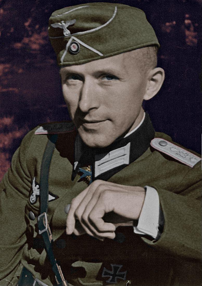 Pin By Kaian Montenegro On Chelovek Portrait World War Wwii