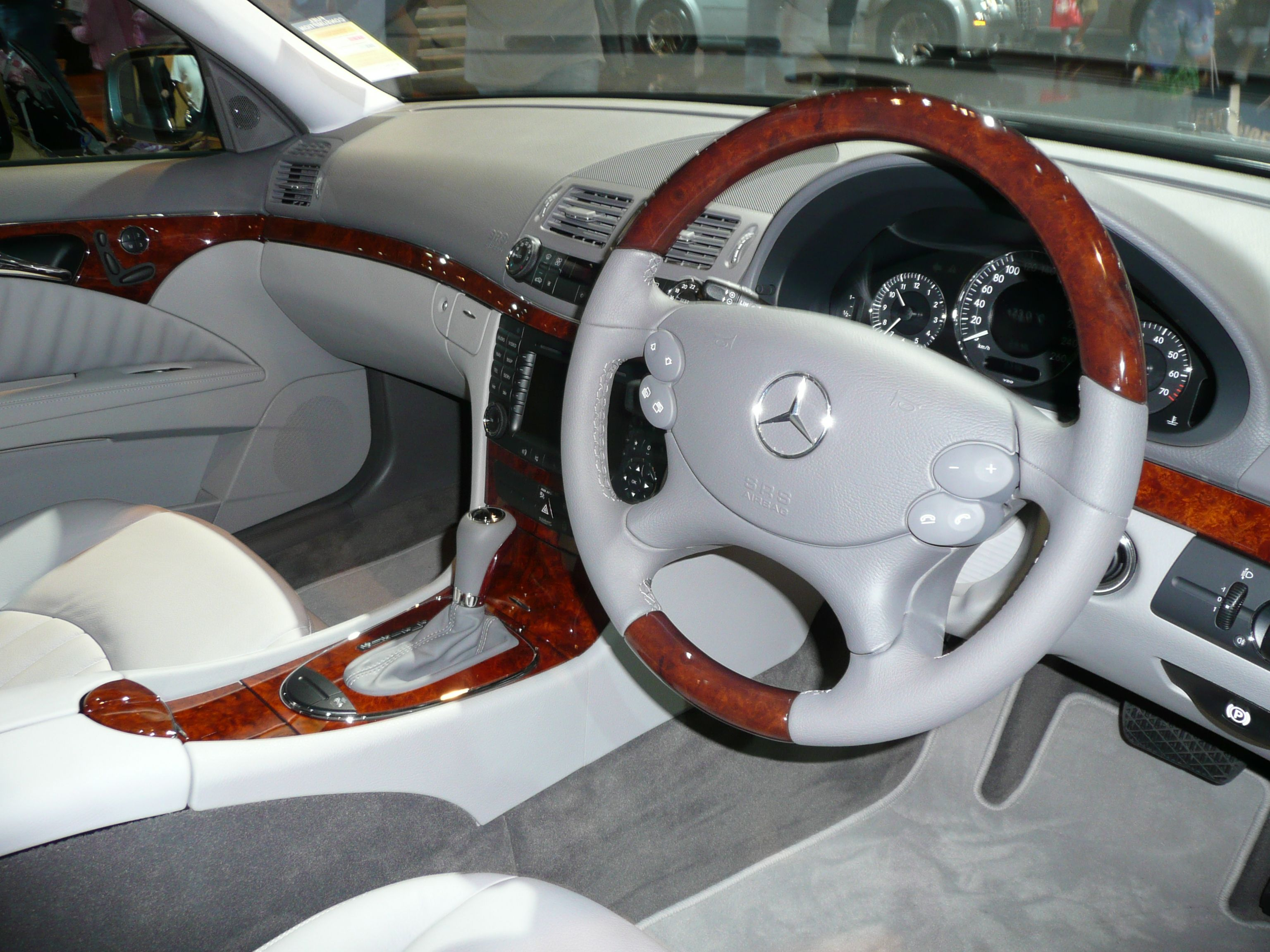 Mercedes benz e 63 amg s 4matic wagon fuel consumption combined 10 5 l 100km co2 emissions combined 246 g km mbcars e class pinterest photos