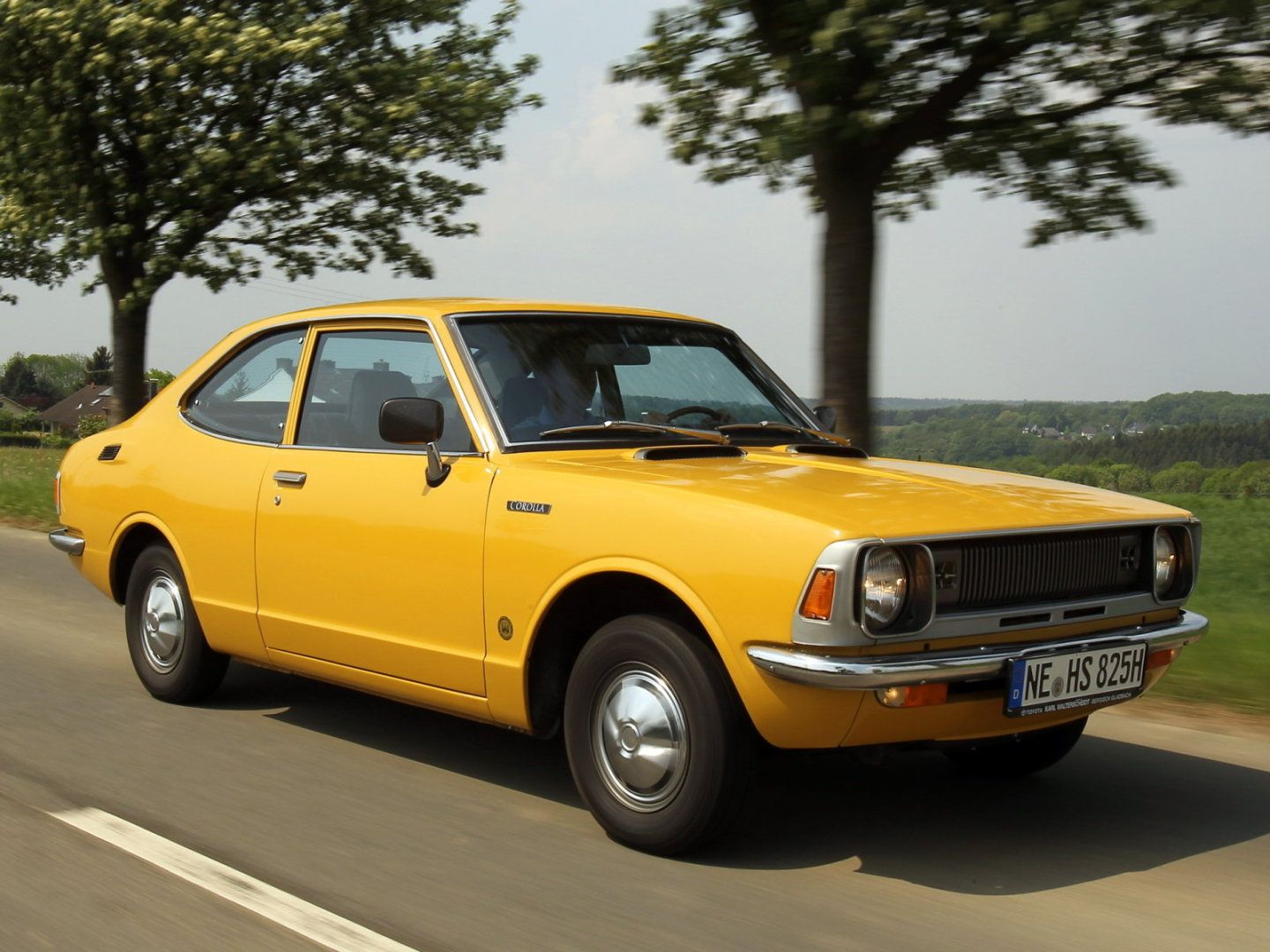1970 S Datsun B210 Google Search With Images Toyota Corolla
