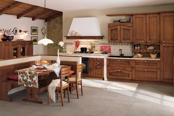 Laissez-vous gagner par la tradition du bois avec le modèle Ducale