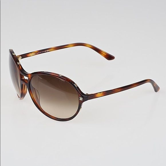99b8050e7100a Frame is gorgeous tortoiseshell. CONDITION  some scratching on the left  lens