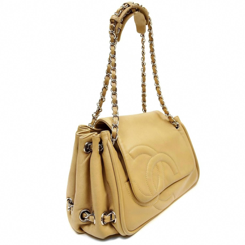 b5e07b1eda78 Chanel Beige Lambskin Large Accordion Flap Bag   1stdibs.com #Chanelhandbags