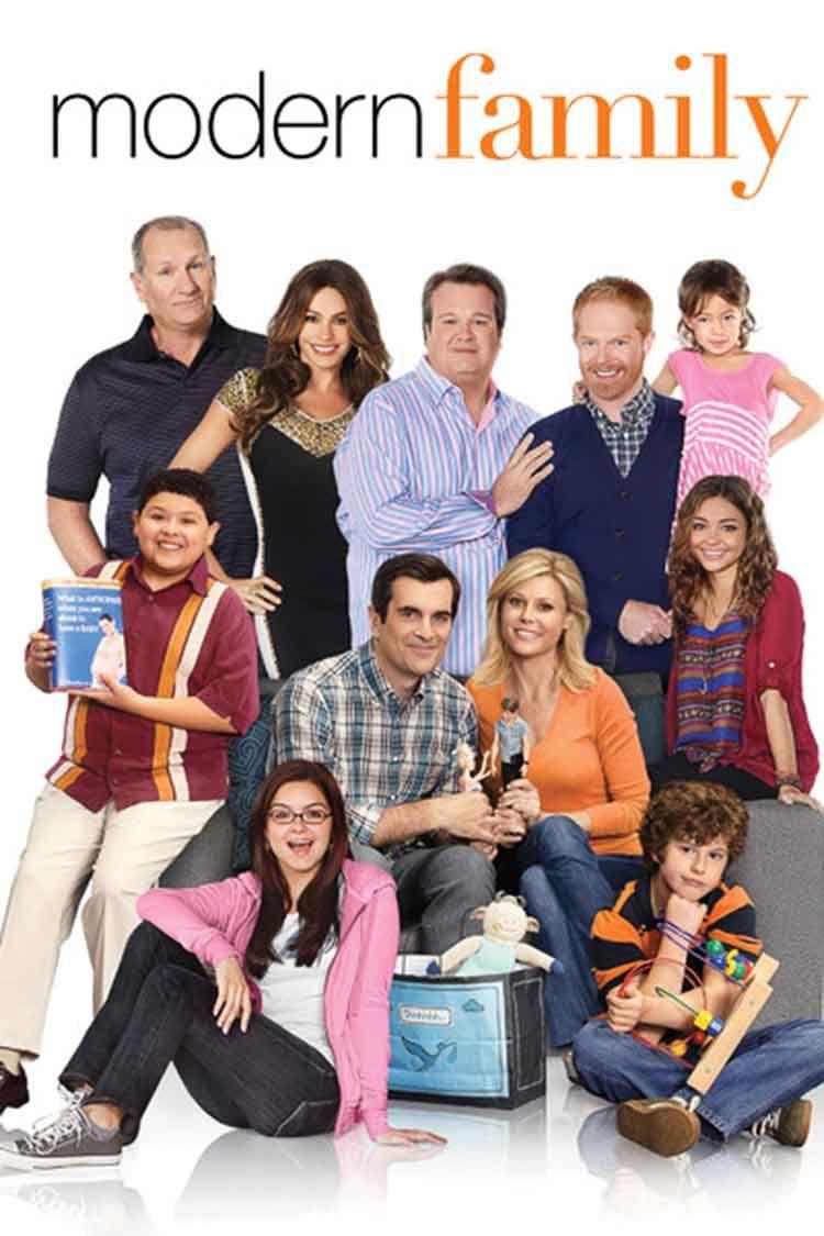 Top Netflix Series To Watch While Crafting Studio Koekoek In 2020 Modern Family Season 4 Modern Family Modern Family Quotes