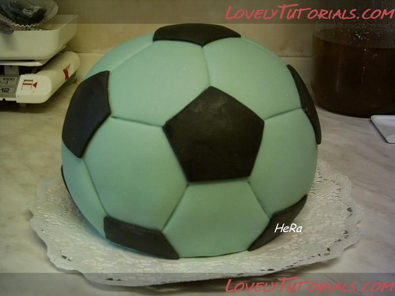 How to make soccer ball cake Sports Pinterest Soccer ball cake