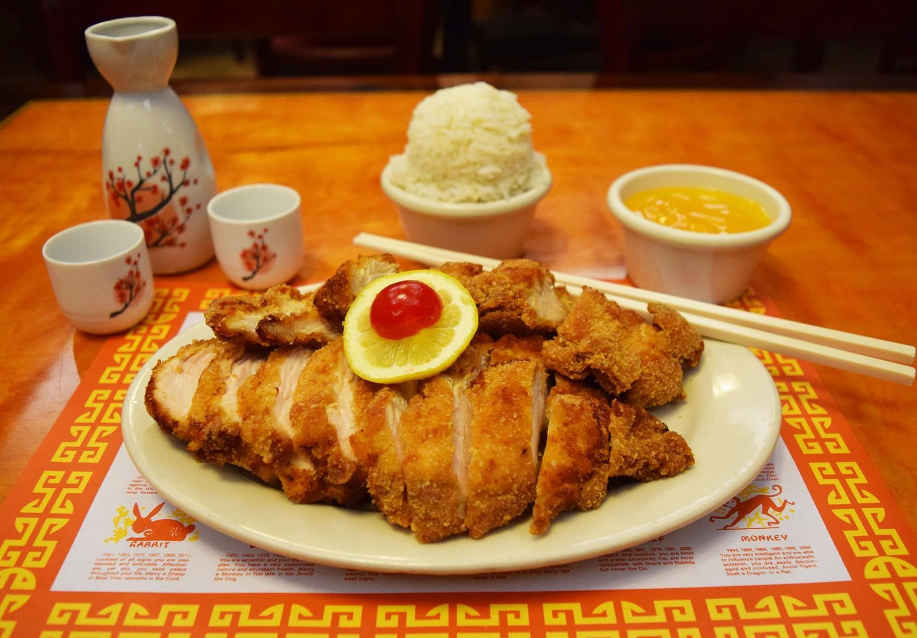 Ding How Chinese Chinese Have A Twin Date With Your Best Buddy Enjoying Delicious And Authentic Chinese Cuisines At Di Chinese Restaurant Delicious Cuisine